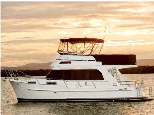 Integrity 380 Flybridge